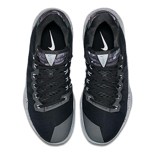 耐克Hyperdunk 16 Low LMTD EP篮球鞋图1高清图片