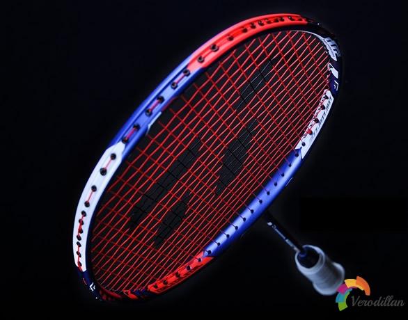 尤尼克斯DUORA10 LCW羽毛球拍性能深度解析[图文介绍]