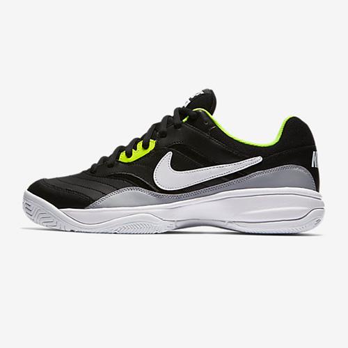 耐克845021男子网球鞋