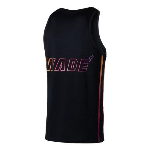威尔胜吸汗透气经典篮球服套装图2高清图片