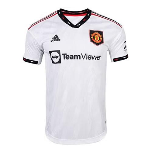 阿迪达斯曼联淡灰男子短袖足球服图1高清图片