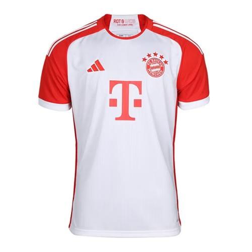 阿迪达斯拜仁红色男子无袖足球服图1高清图片