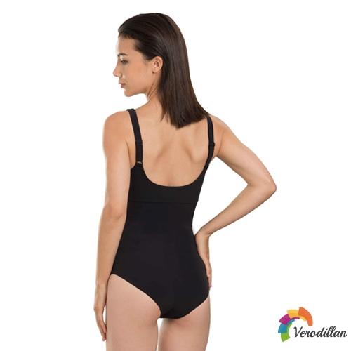 速比涛Sculpture纤姿系列女子连体泳衣图1高清图片