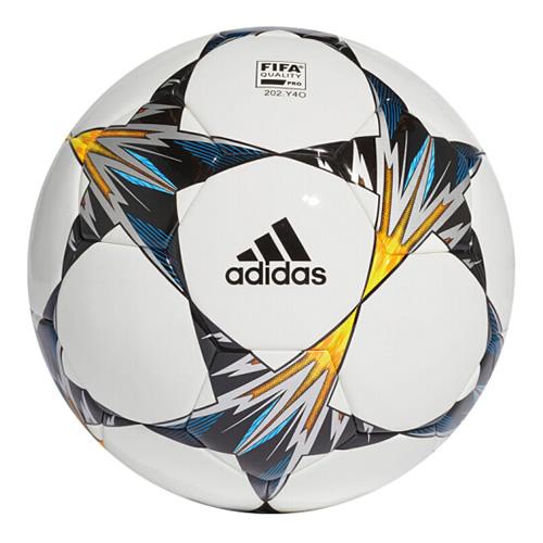 阿迪达斯CF1205足球