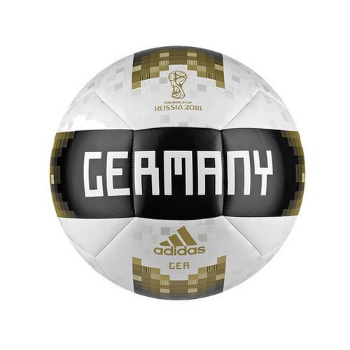 阿迪达斯德国球迷纪念足球