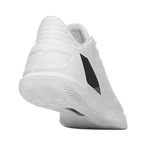 安德玛1299663 Curry 3 Lux低帮篮球鞋图1高清图片