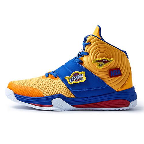 NBA 71621303新潮高帮篮球鞋