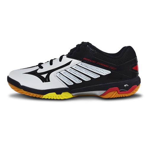 美津浓71GA170509男女羽毛球鞋