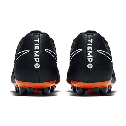 耐克AH8801男子足球鞋图3高清图片