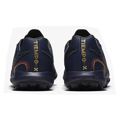 耐克AQ3822男子足球鞋图3高清图片