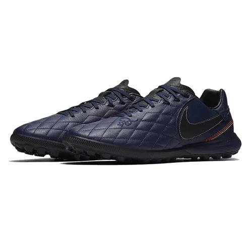 耐克AQ3822男子足球鞋图1高清图片