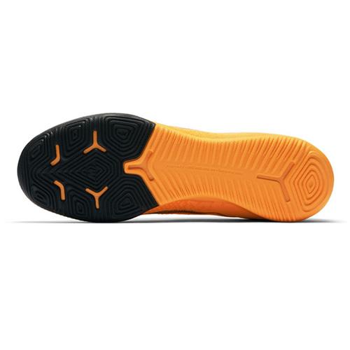 耐克AH7387男子足球鞋图3高清图片