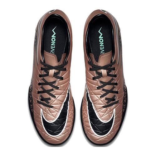耐克749899男子足球鞋图9