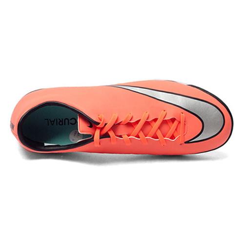 耐克651646男子足球鞋图1高清图片