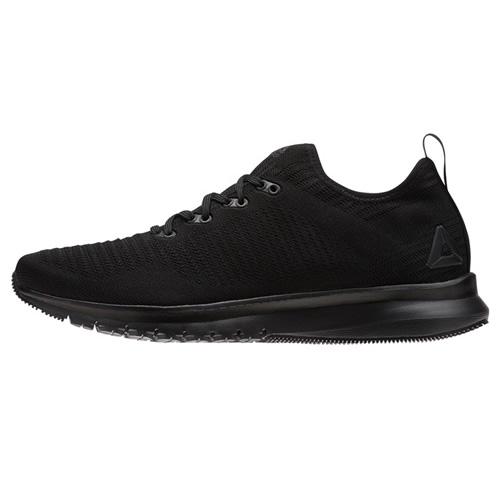 锐步CN1739男子跑步鞋