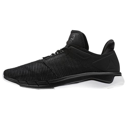 锐步CN1401女子跑步鞋