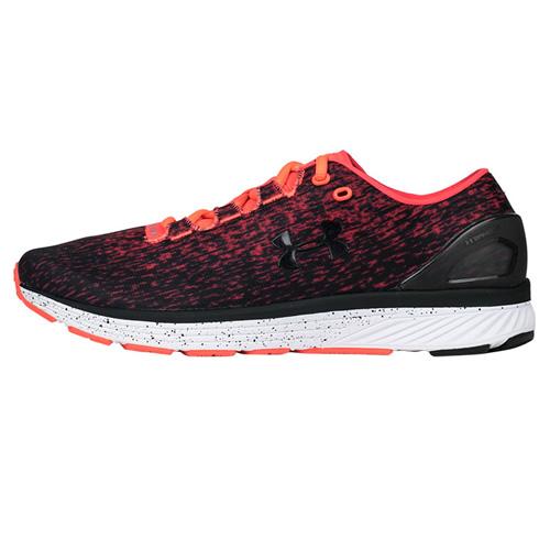 安德玛3020119男子跑步鞋