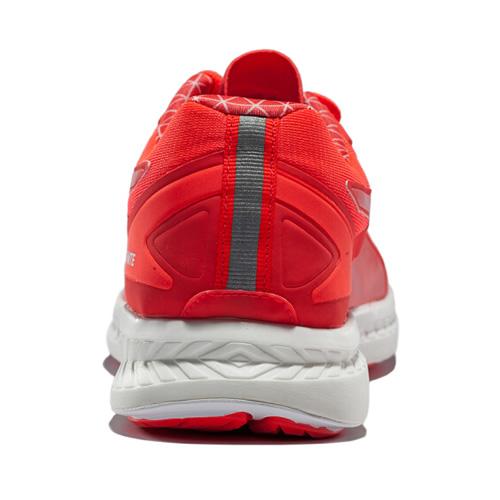 彪马188113 Ignite Pwrwarm女子跑步鞋图2高清图片