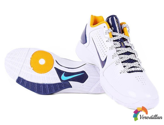[图文]耐克Hyperdunk 2010 low篮球鞋简要测评