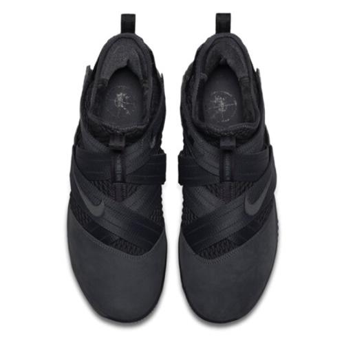 耐克AO4055 LEBRON SOLDIER XII SFG EP篮球鞋图10