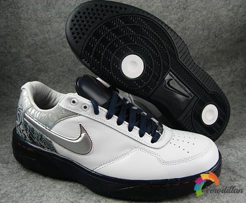 [图文]耐克AIR FORCE 25 LOW PREMIUM篮球鞋简要测评