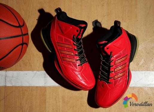 [图文]阿迪达斯D Howard Light篮球鞋简要测评
