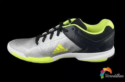 阿迪达斯Quickforce5羽球鞋试穿测评报告