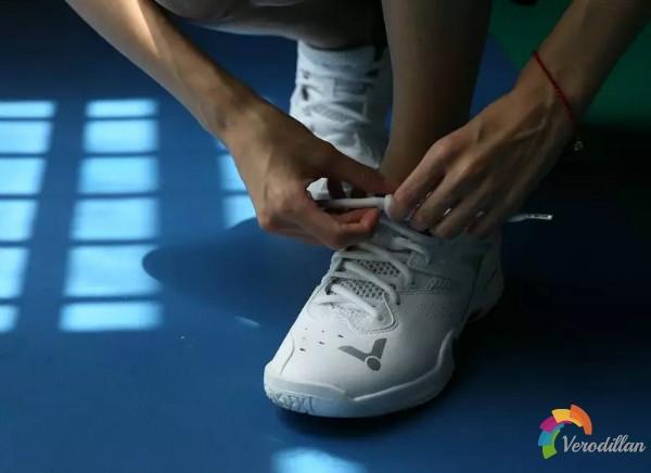 [视频]经典重生-胜利P8510羽鞋全新实战测评