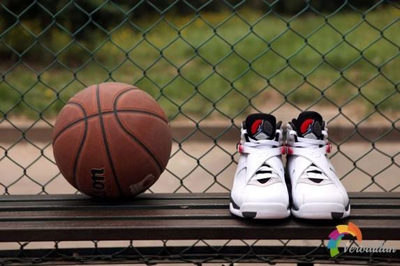 为比赛而生-Air Jordan 8的巅峰艺术