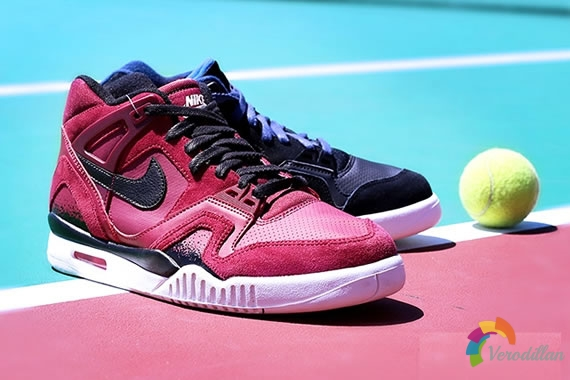 经典复刻回归-Nike Air Tech Challenge II简析