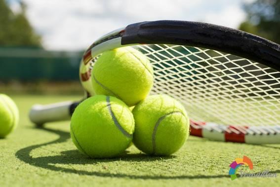 不同网球拍拍面大小适合什么类型的球员