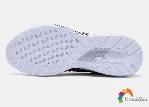 李宁云五代V2跑步鞋深度评测图3