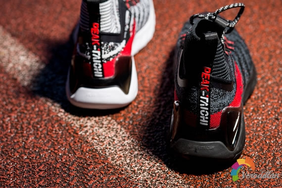 匹克PEAK TAICHI 1.0跑鞋试穿评测图2