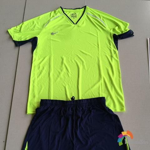 万裕达F-W02足球服套装试用测评图1