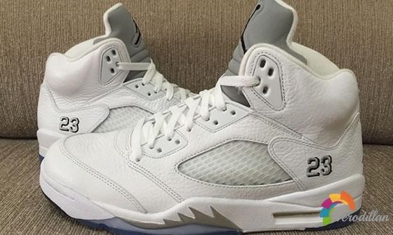 复刻5代:Air Jordan 5 Retro White Metallic发售简评