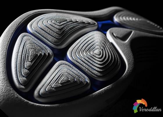 跑步新纪元:Nike LunarEpic Flyknit细节深度剖析图3