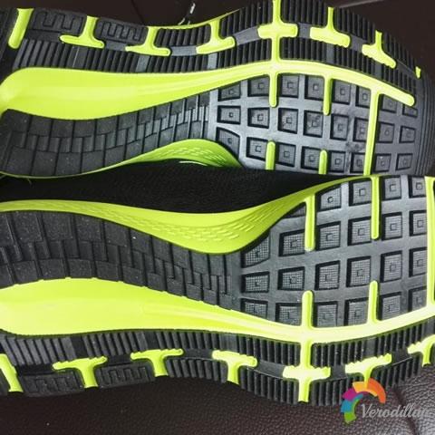 匹克E61207H男子跑步鞋试用测评图2