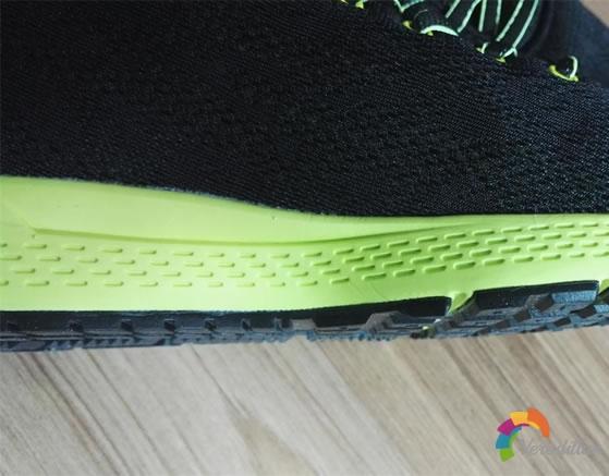 匹克E61207H男子跑步鞋试用测评图3