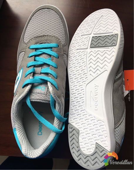 德尔惠T1513897男子休闲板鞋试用评测图2