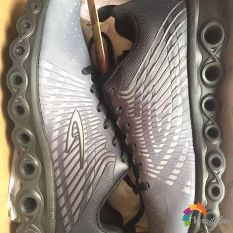 德尔惠24613655减震跑鞋试用评测