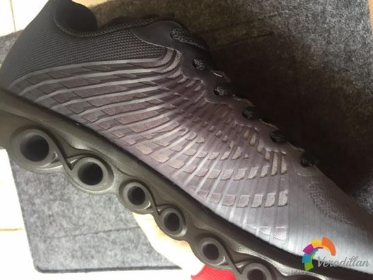 德尔惠24613655减震跑鞋试用评测图3