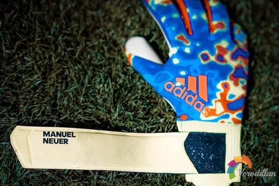 诺伊尔专属:Adidas Predator Pro MN门将手套曝光图2