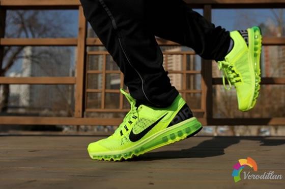 轻质鞋面:Nike Air Max+ 2013深度测评图2