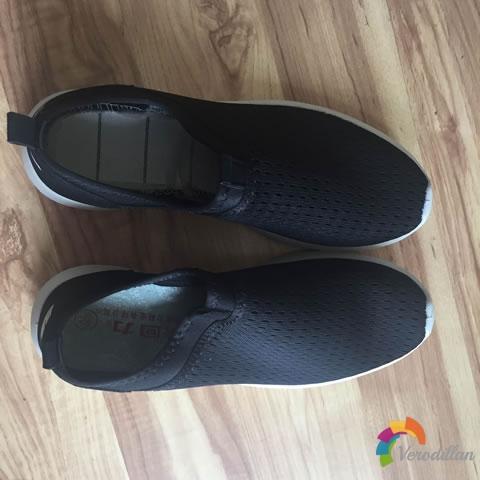 试穿测评:回力情侣款跑鞋上脚体验