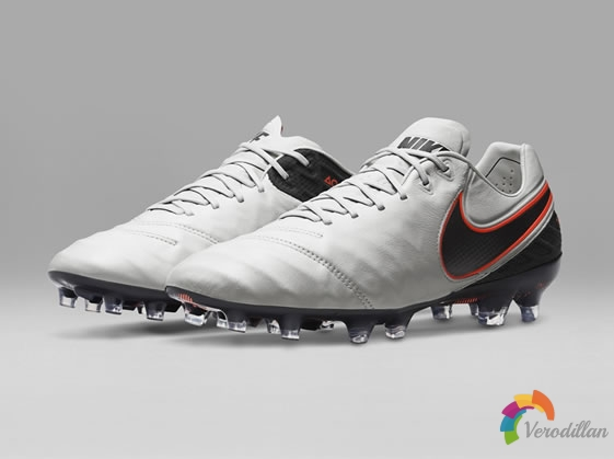 创新工艺:Nike TIEMPO LEGEND 6足球鞋细节解读