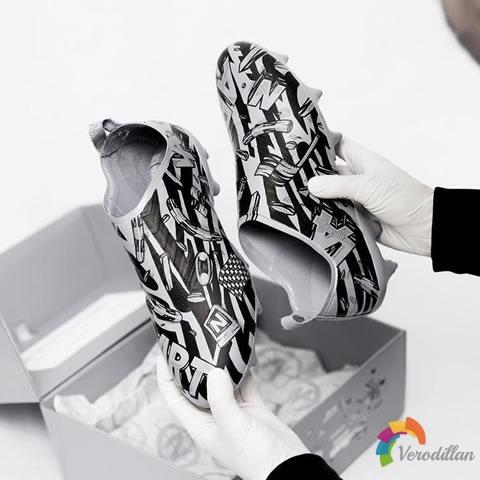 艺术涂鸦:阿迪达斯Glitch 2.0定制外靴简评