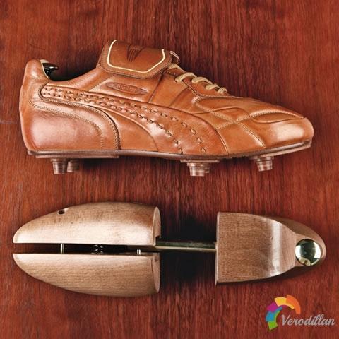 致敬王者之靴:来自PUMA King的深厚内涵