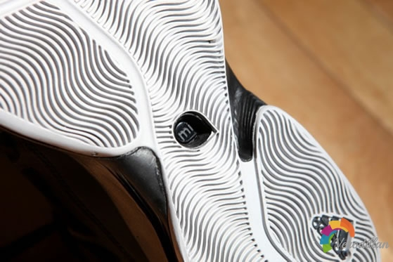 速度勇士:Adidas Crazy Fast深度测评图2