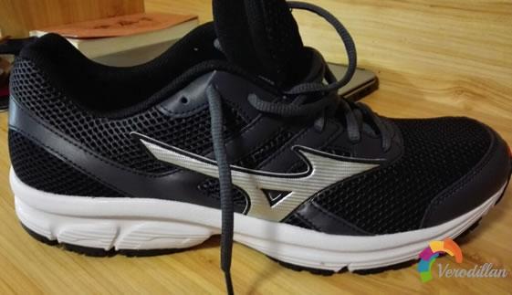试穿测评:美津浓K1GA160305 SPARK跑鞋试用体验