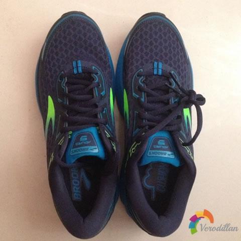 试穿测评:布鲁克斯Aduro 5跑鞋试用体验图1